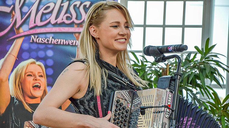 Melissa Naschenweng