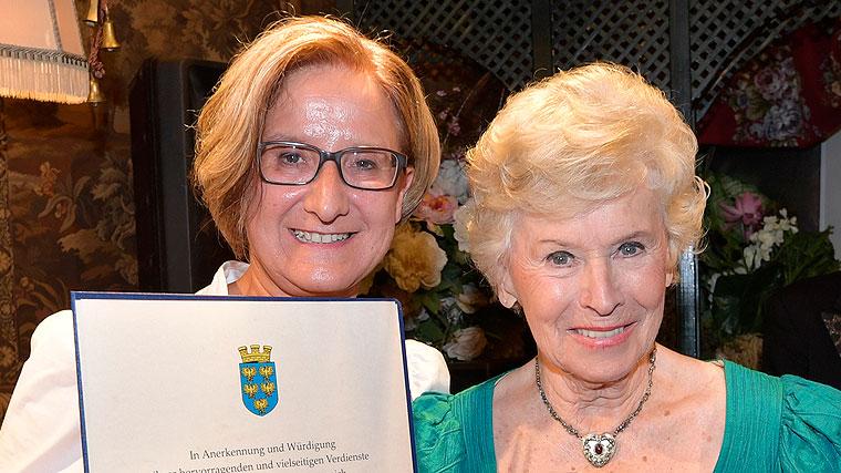 Johanna Wikl-Leitner, Waltraut Haas