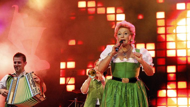 Rosi Schipflinger