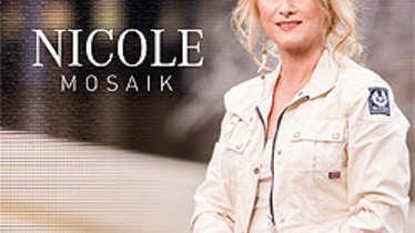 Nicole, Mosaik
