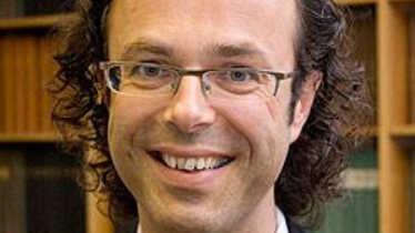 Dr. Stefan Schoeller
