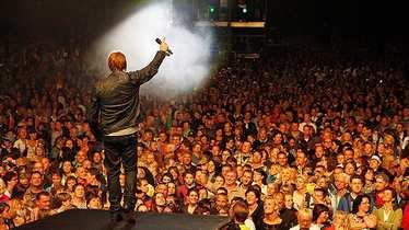 Nik P. mit Fans