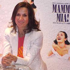 Carina Sandhaus, Mama Mia