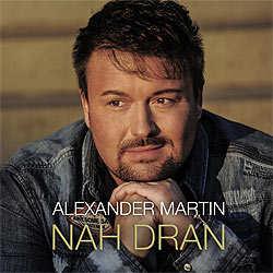 Alexander Martin, Nah dran