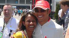 Daisiana, Lewis Hamilton